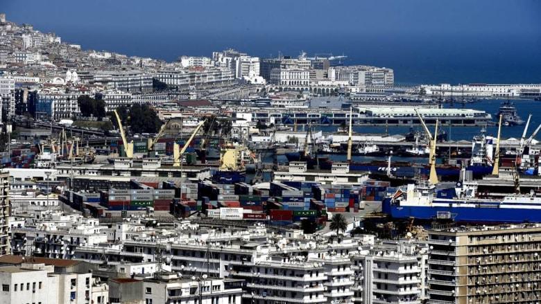 لمواجهة الأزمة المالية.. الجزائر تخطط لفرض ضريبة على الأثرياء
