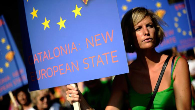رئيس كتالونيا يرجئ إعلان الاستقلال: لم نختطف من مخلوقات فضائية