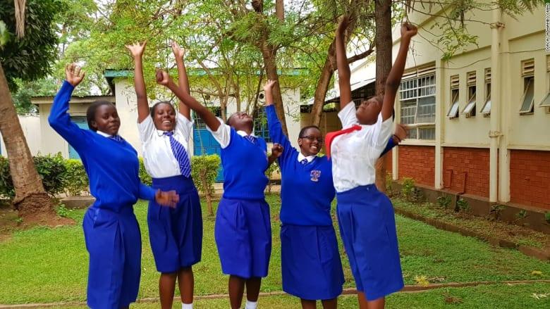 فتيات يحاربن ختان الإناث بتطبيق إلكتروني