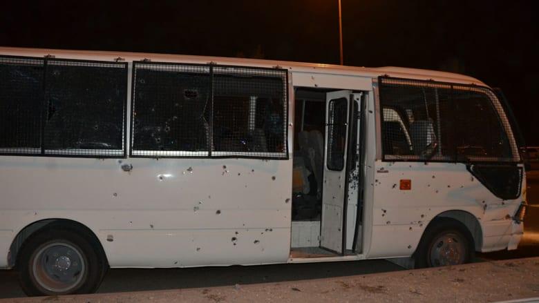الداخلية البحرينية: مقتل شرطي وإصابة 8 آخرين إثر استهداف حافلتهم بقنبلة