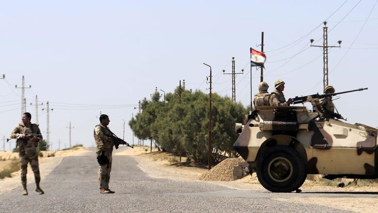 مصر: قتيل بقذائف استهداف مطار العريش خلال زيارة مسؤولين