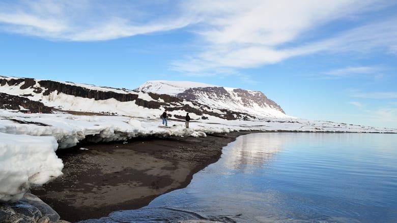 تزلج على جليد هذا البحر في غرينلاند