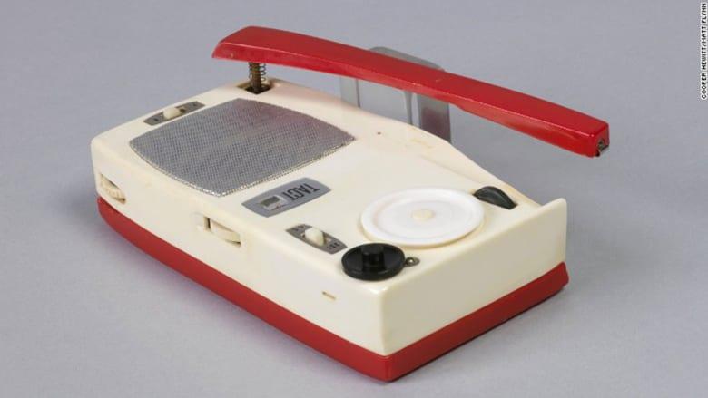 جولة على تاريخ تطور الراديو منذ العام 1935