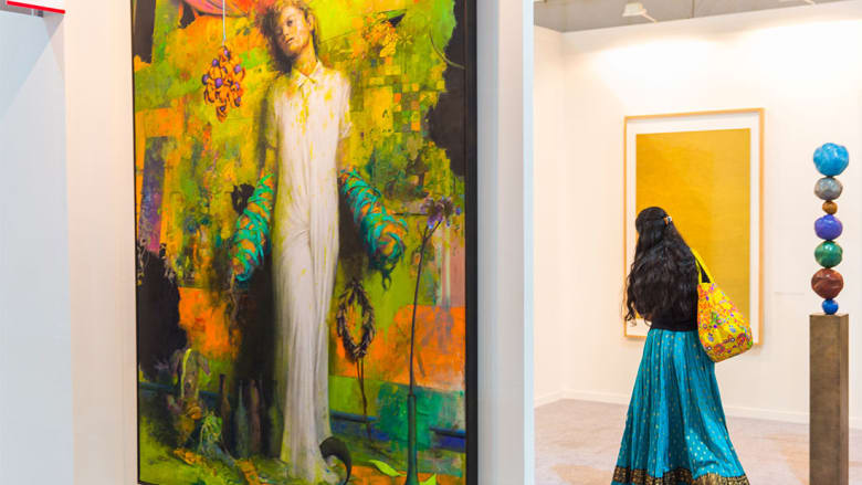 """في الهند.. النساء يترأسن عالماً فنياً """"مثيراً للجدل"""""""