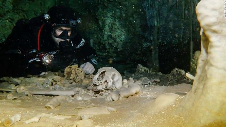 العثور على بقايا بشرية عمرها 9 آلاف عام داخل كهف غارق