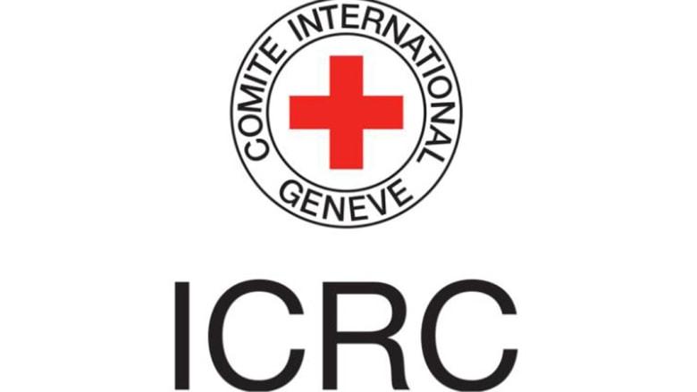 """الصليب الأحمر: 21 موظفاً دفعوا لـ""""خدمات جنسية"""" منذ 2015"""