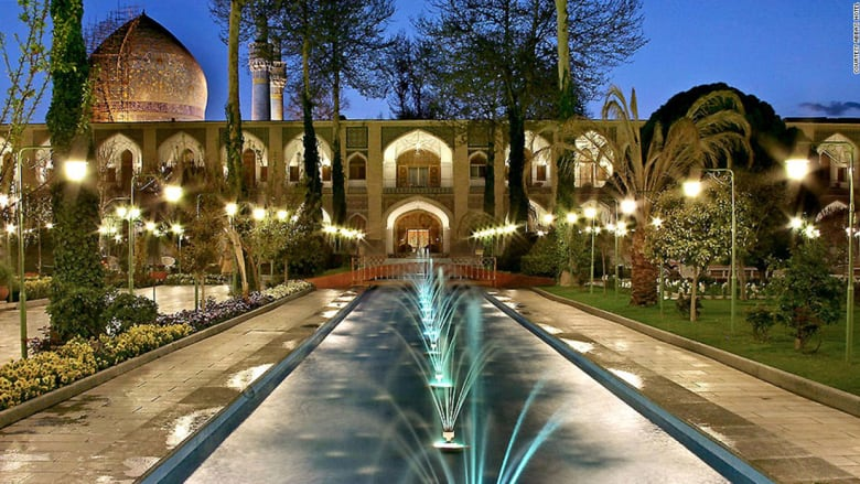 هل هذا الفندق الأكثر جمالاً في الشرق الأوسط؟