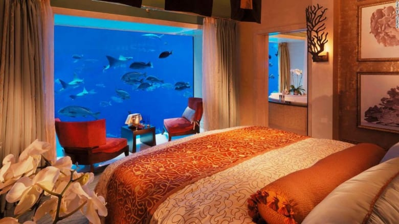 اثنتان منها في دبي.. إليكم أفخم غرف الفنادق في العالم