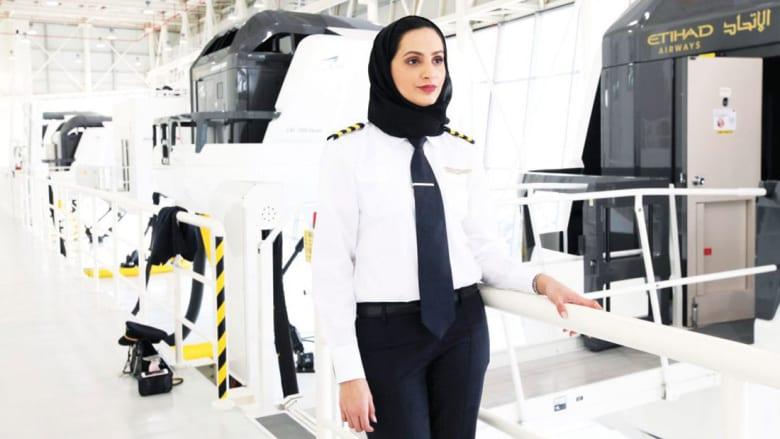 تعرّف إلى عائشة المنصوري..أول إماراتية تقود أكبر طائرة في العالم