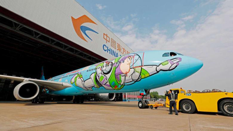 """نظرة داخل طائرة """"توي ستوري"""" المرحة"""