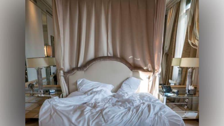 بالصور..هذا ما يتركه الضيوف خلفهم بغرف النوم في الفنادق