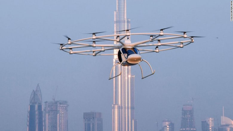 بالصور..ابتكارات للقضاء على الازدحام في شوارع دبي
