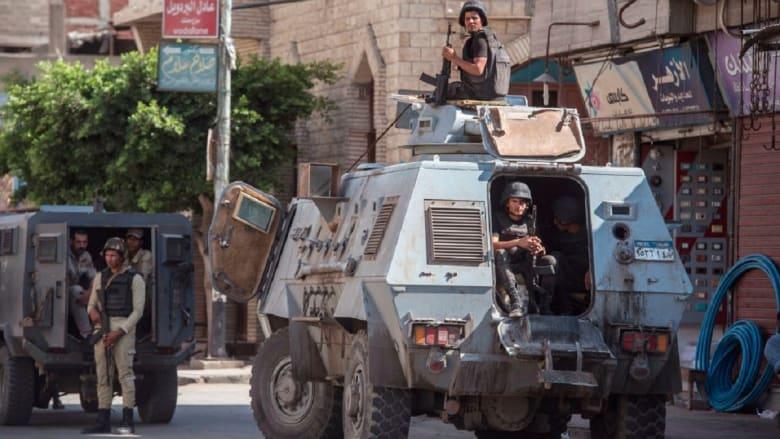 """قوات الأمن المصرية تتصدى لـ""""مجموعة إرهابية"""" في العريش"""