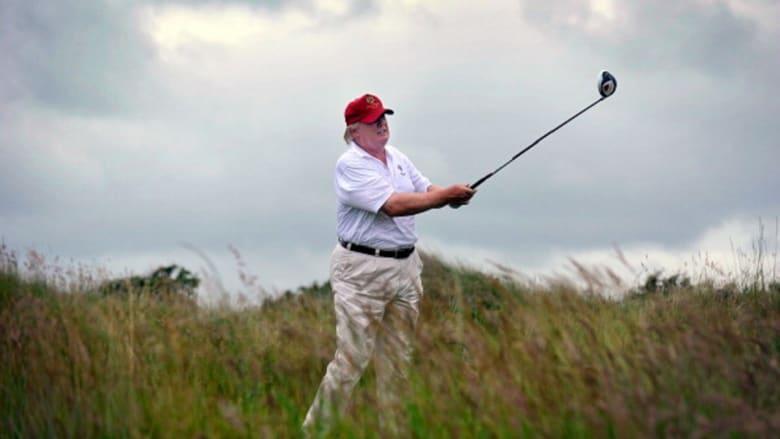 ترامب يكتفي بتغريدة ولعب الغولف رافضا إصدار بيان عن وفاة ماكين