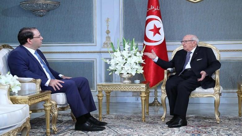 ما سر إقالة وزير الطاقة التونسي وكبار مساعديه؟