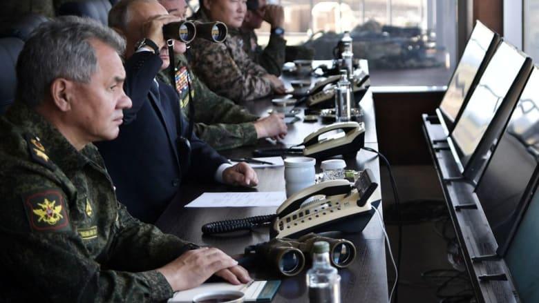 """هل أبلغت إسرائيل موسكو قبل """"ضرب سوريا""""؟.. شويغو يكشف تفاصيل بمكالمة ليبرمان"""