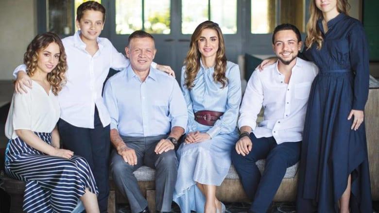 توضيح من مكتب الملكة رانيا بشأن قيمة ملابسها: التفاصيل بين أيديكم ولكم حرية التعامل