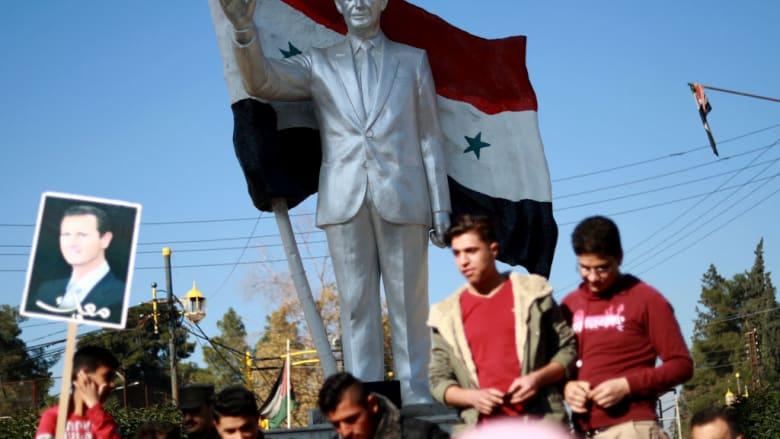 """وزير الخارجية البريطاني: الأسد سيبقى في سوريا """"لبعض الوقت"""""""