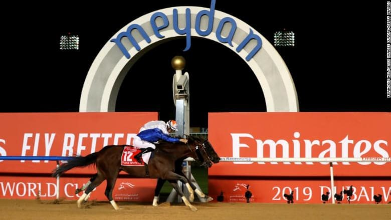 """الجواد """"ثندر سنو"""" يفوز مجددا بكأس دبي العالمي.. وهذه قيمة الجائزة"""
