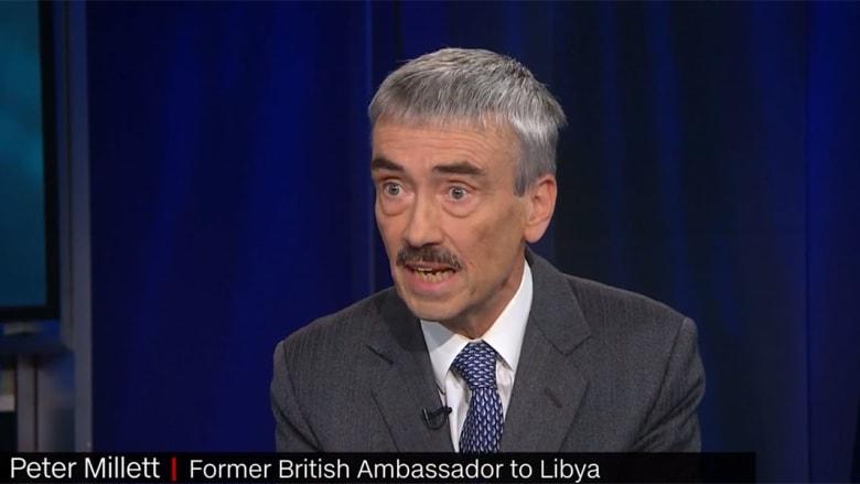 حصريا.. سفير بريطانيا الأسبق في ليبيا يشبه خليفة حفتر بجمال عبدالناصر ويوضح