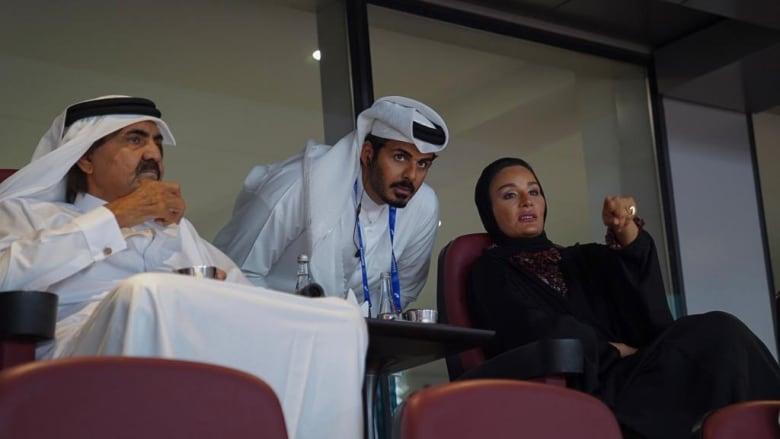 تداول فيديوهات الشيخة موزا والدة أمير قطر تتابع بطولة العالم لألعاب القوى