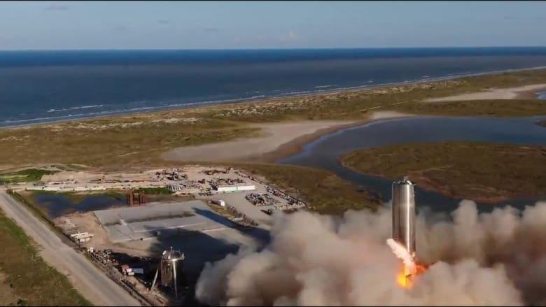 """سبيس إكس تكشف عن نموذج مركبة """"ستارشيب"""" الفضائية"""