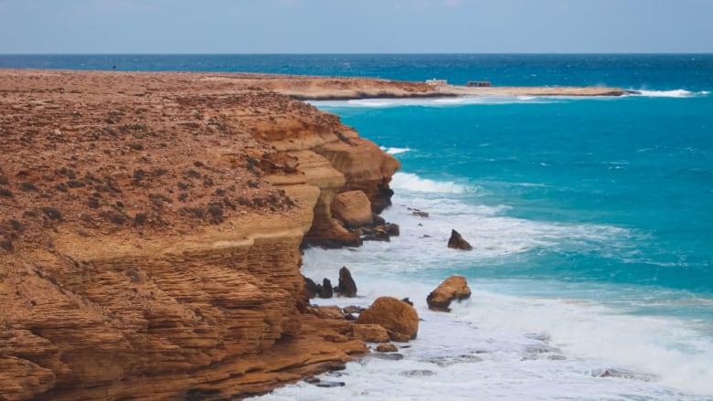 """ستشعر بالذهول.. مصور يرصد """"أعجوبة البحر المتوسط"""" بمشهد ساحر في مصر"""