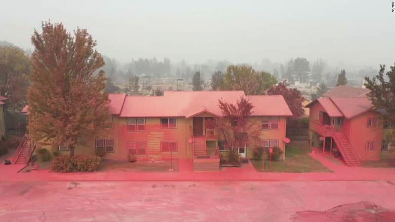 شاهد.. كارثة تحول مدينة أمريكية بأكملها إلى اللون الأحمر
