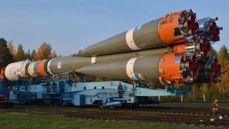 الصاروخ الروسي الذي يحمل القمر الصناعي الإماراتي