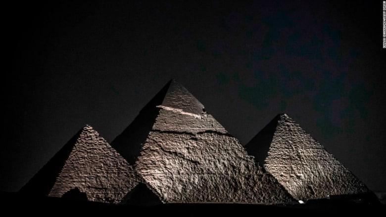 لا يشبه أي مكان آخر.. مصر ترفع الستار عن مرافق سياحية بأهرامات الجيزة