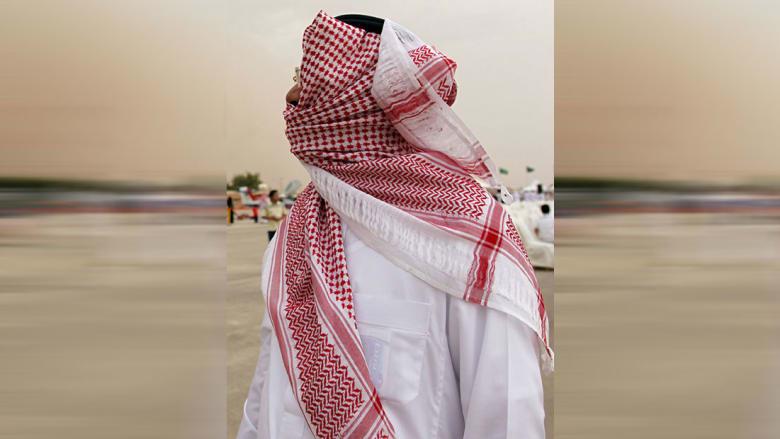صورة ارشيفية تعبيرية لرجل ملثم في السعودية