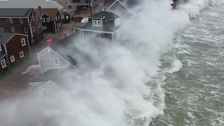 210203113757-east-coast-storm-waves-noreaster-orig-mg-00001813-super-169.png