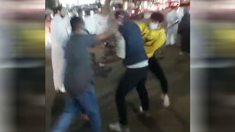 صورة من المشاجرة بمقطع فيديو الداخلية السعودية