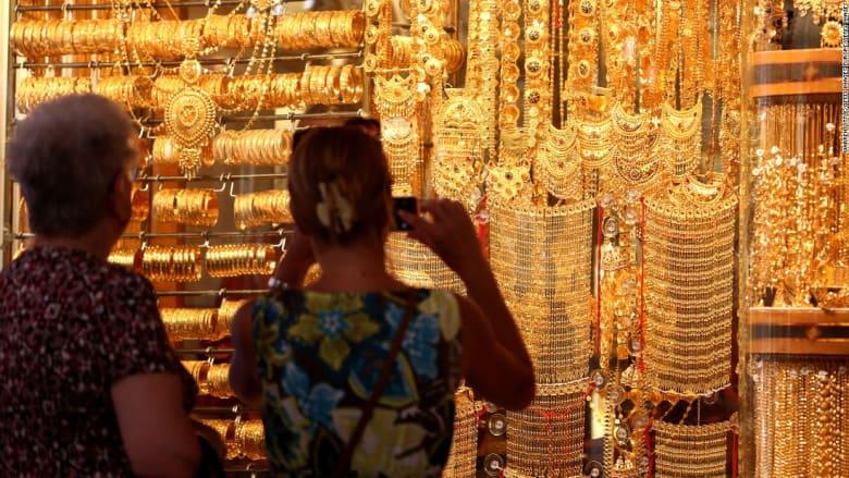 كيف أصبحت دبي مدينة الذهب؟