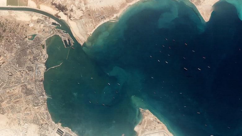 """صورة جوية أرشيفية من """"بلانيت"""" تظهر ازدحام السفن قبل دخول قناة السويس"""