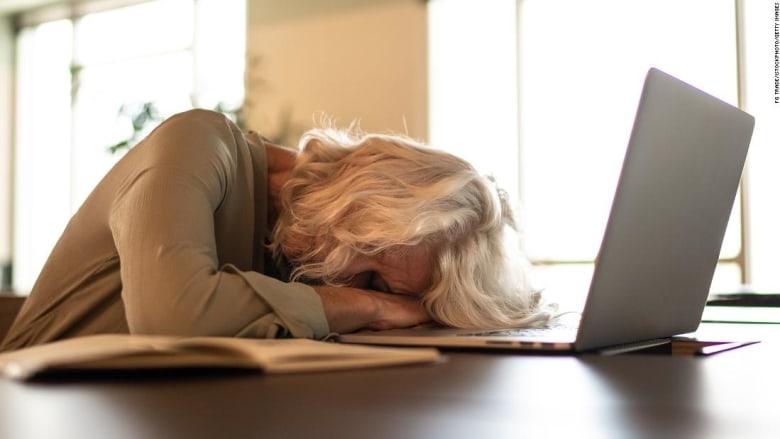 النوم أقل من 6 ساعات يزيد من خطر الإصابة بالخرف لهذه الفئة العمرية
