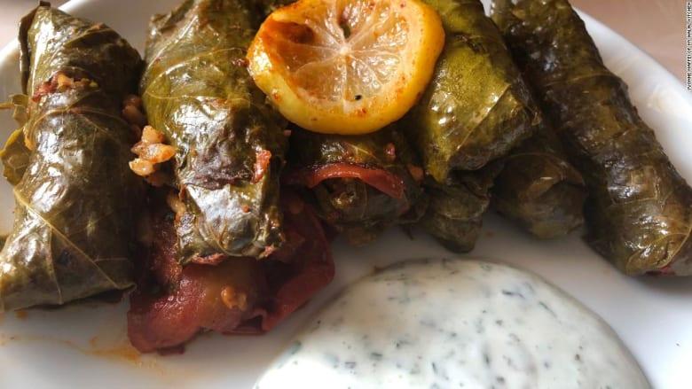 بمناسبة حلول عيد الفطر.. طبقان ستحتاج إليهما حتماً على مائدة طعامك