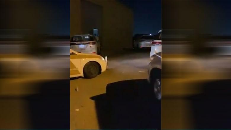 صورة من فيديو المداهمات