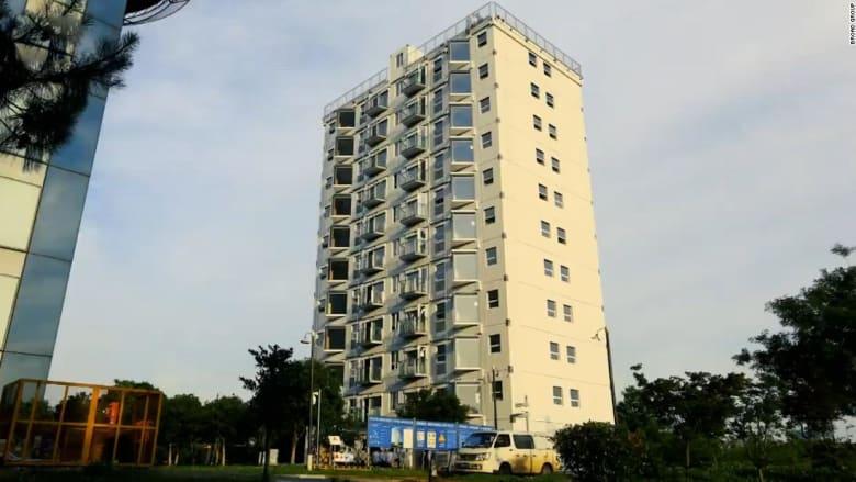 بالفاصل الزمني.. شاهد بناء برج يتكون من 10 طوابق في يوم واحد تقريبًا