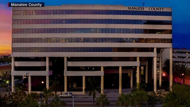 تفشي فيروس كورونا بمبنى حكومي في فلوريدا ووفاة شخصين