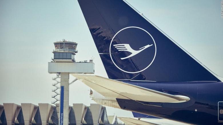 """أكبر مجموعة طيران في أوروبا تتخلى عن عبارة الترحيب """"سيداتي سادتي"""" على متن رحلاتها.. ما السبب؟"""