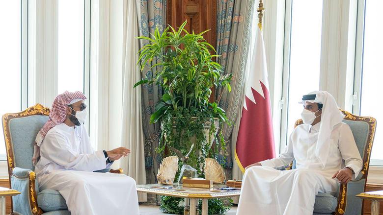 أمير قطر يستقبل الشيخ طحنون