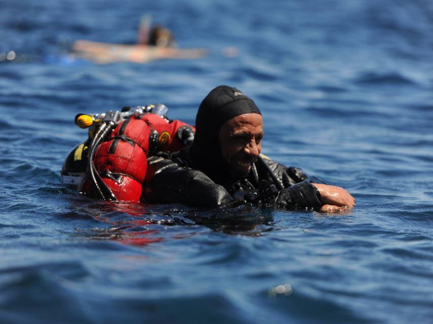 غواص مصري يروي تجربته في جمع الجثث من قلب الثُقب الأزرق
