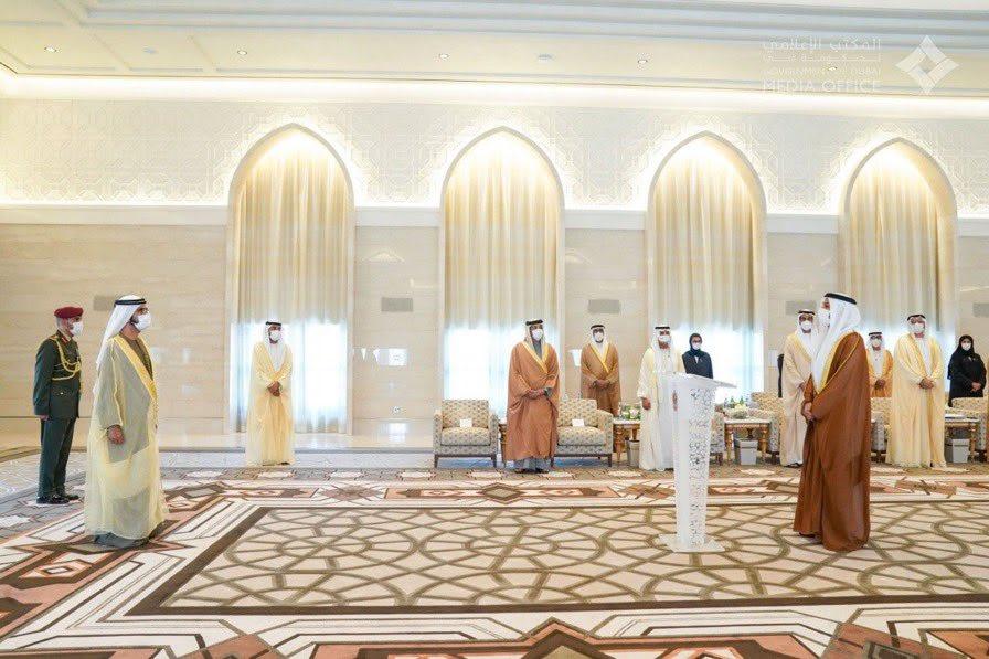 الإمارات تعين أول سفير لها في إسرائيل.. والخاجة يؤدي اليمين أمام محمد بن راشد