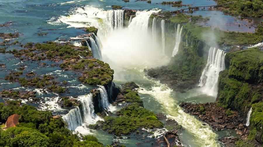 البرازيل تعفي مواطني أمريكا وكندا واليابان وأستراليا من فيزا الدخول