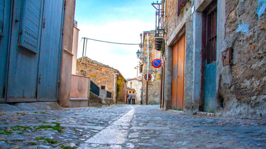 بلدة إيطالية توفر المنازل بالمجان طمعاً في جذب سكان جدد