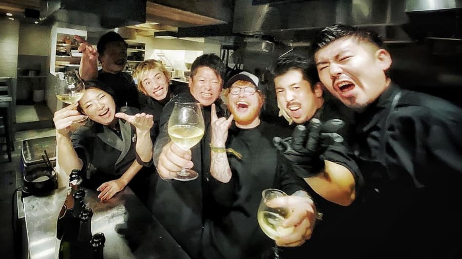 مطعم ياباني يجذب المشاهير ويقدم شطيرة اللحم بـ185 دولار