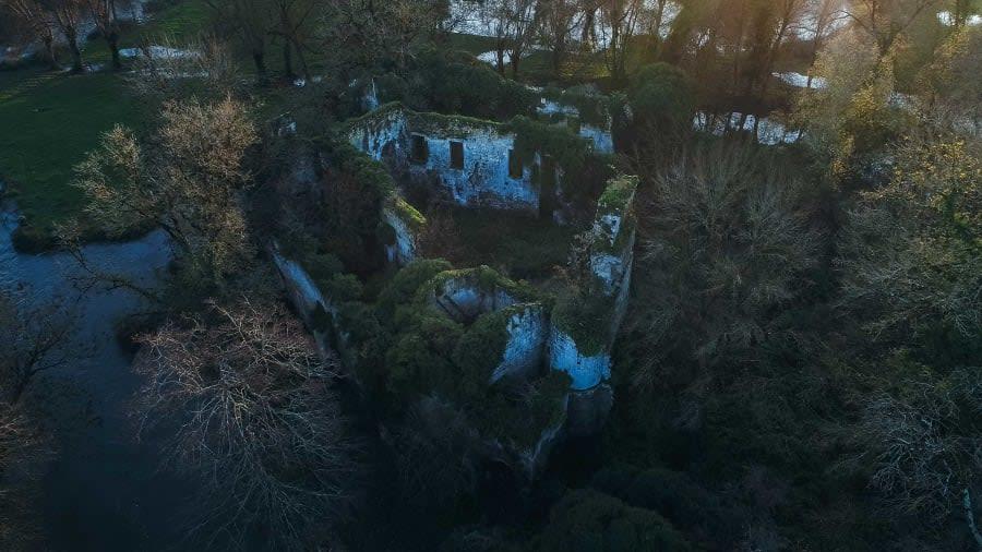 قلعة Château de Vibrac في فرنسا
