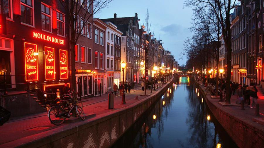 منطقة الضوء الأحمر في أمتردام