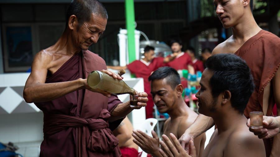 في تايلاند.. ملاذ سري للتنقية المدمنين من السموم